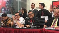 Petinggi PDIP menggelar konferensi pers terkait dengan kasus yang menjerat Harun Masiku. (Liputan6.com/Delvira Hutabarat)