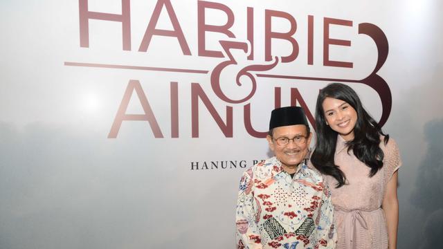 Nonton Trailer Habibie & Ainun 3, Putra Sulung BJ Habibie ...