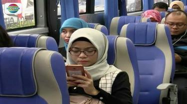 Hari kedua diberlakukannya sistem ganjil genap di Tol Bekasi, pengguna bus Transjabodetabek Premium meningkat.