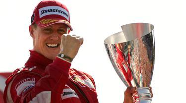 Michael Schumacher berhasil menjadi juara dunia di tahun 1994 saat usianya 25 tahun, ketika itu Schumacher masih bersama tim Benetton. (AFP/Patrick Hertzog)