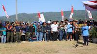 Kementerian Kelautan dan Perikanan bersama organisasi Pandu Laut Nusantara melakukan kegiatan bersih pantai dan laut  (Foto: Dok Kementerian Kelautan dan Perikanan)