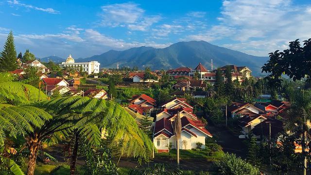 7 Tempat Wisata Di Jawa Barat Yang Jarang Diketahui Wajib