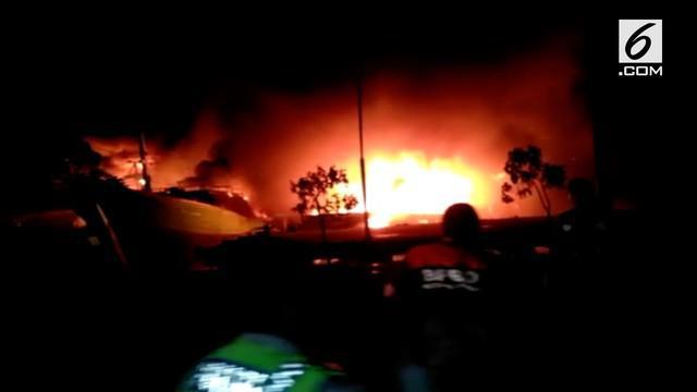 Pelabuhan Benoa, Bali kembali mengalami kebakaran. 39 kapal dilaporkan dilalap api hingga hangus.
