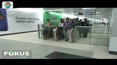MRT beroperasi dengan tarif diskon mulai 1 April. Namun, beberapa penumpang mengeluhkan pembayaran tiket menggunakan kartu elektronik yang tak bisa terbaca.