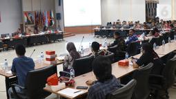 Suasana rapat Uji Publik Rancangan Peraturan KPU di Jakarta, Rabu (2/10/2019). Rapat membahas pencalonan, pembentukan dan tata kerja PPK, PPS dan KPPS dalam Pilkada 2020. (Liputan6.com/Angga Yuniar)