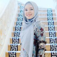 Dewi Sandra ajak orang lain menjaga alam. (Instagram/dewisandra)