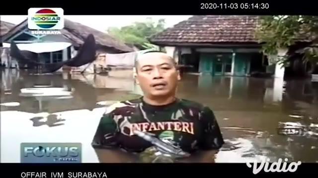 Banjir setinggi 50 centimeter hingga 1 meter lebih, masih menggenangi tiga wilayah kecamatan di Pasuruan pada Senin siang (2/11). Ketiga wilayah tersebut ialah Kecamatan Beji, Kraton, dan Gempol. Desa Kedungringin merupakan wilayah terparah.