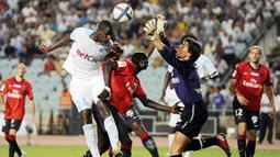 Di klub itulah pemain Samassa menjalani debut profesional pada 2006. Setelah itu, dia pindah ke beberapa klub Prancis lain seperti, Olympique Marseille, Valenciennes, dan Stade Brestois. (Foto: AFP/ Philippe Desmazes)