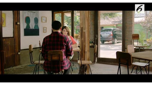 Bintang film Julie Estelle dan Yoshi Sudarso bergabung dalam Milly & Mamet, proyek film lepasan Ada Apa dengan Cinta? Keduanya bakal berperan sebagai sepasang kekasih bernama Alex dan James.