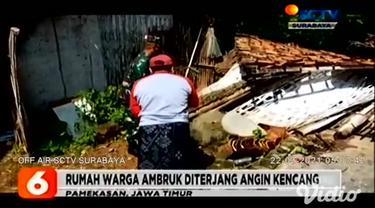 Cuaca ekstrem pergantian musim hujan ke musim kemarau terjadi di sejumlah wilayah di Jawa Timur. Seperti yang terjadi di Pasuruan, pohon besar di tepi jalan tumbang diterjang angin kencang hingga menimpa sebuah mobil penumpang umum.
