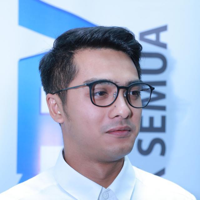Lepas Dari Ggs Ricky Harun Berjaya Di Sctv Awards 2015 News Entertainment Fimela Com