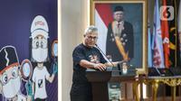 Ketua KPU, Arief Budiman dalam acara peluncuran Gerakan Klik Serentak (GKS) di kantor KPU, Jakarta, Rabu (15/7/2020). GKS merupakan website yang bisa diakses masyarakat untuk mengecek kesesuain data pemilih dengan Daftar Penduduk Potensial Pemilih Pemilihan (DP4). (Liputan6.com/Faizal Fanani)