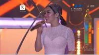 Syahrini tampil sepanggung dengan Luna Maya di Shopee Big Ramadhan Sale di Balai Sarbini, Jakarta Kamis 24 Mei 2019