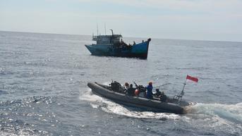 Bakamla Pastikan Laut Natuna Utara Aman Meski Banyak Kapal Asing