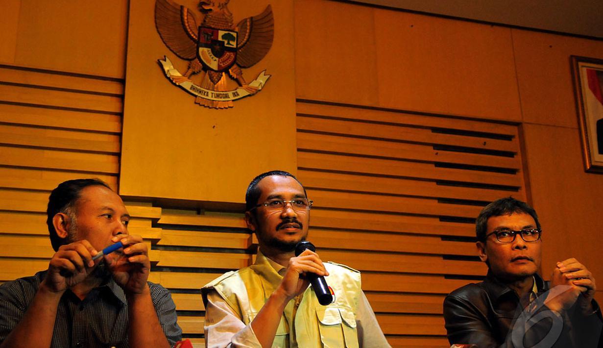 KPK menggelar konferensi pers terkait Rachmat Yasin di Gedung KPK, Jakarta, Kamis (8/5/2014) (Liputan6.com/Faisal R Syam).