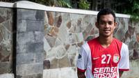 Pemain PSM Makassar, Maldini Pali, saat latihan di Jakarta, Jumat (8/4/2016). (Bola.com/Vitalis Yogi Trisna)