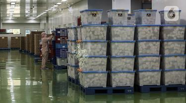 FOTO: Kimia Farma Produksi Obat COVID-19