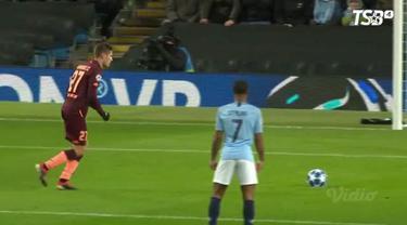 Manchester City mengunci kemenangan pada laga pamungkas Grup F Liga Champions saat menghadapi Hoffenheim dengan skor 2-1, Rabu (12/12/2018)