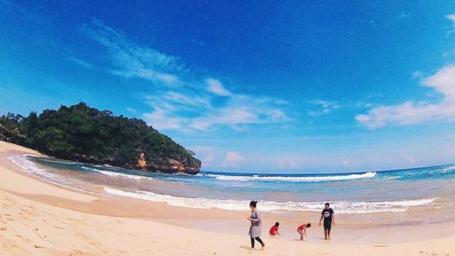 10 Tempat Wisata Di Malang Selatan Yang Didominasi Pantai Cocok Untuk Liburan Hot Liputan6 Com