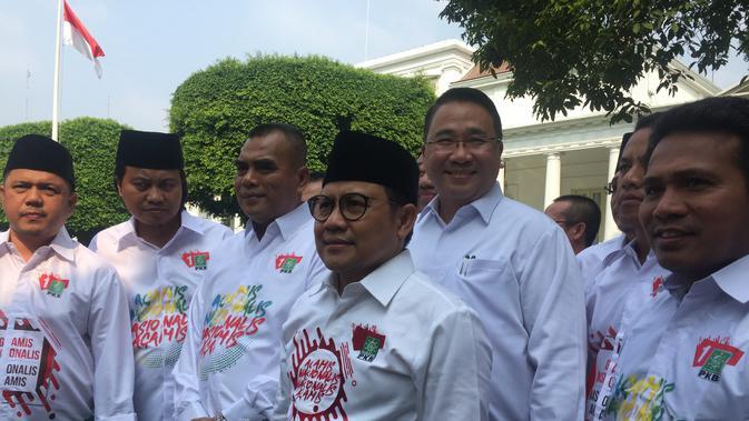 Cak Imin menyambangi istana Jakarta untuk bertemu Presiden Jokowi. (/Lizsa Egeham)