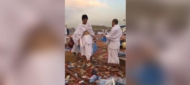 Sebuah akun twitter membagikan video yang menunjukkan warga Jepang membersihkan sampah berserakan. Ini terjadi saat mereka menunaikan ibadah Haji beberapa waktu lalu di tanah suci.