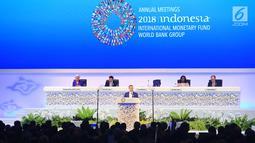 Ketua Pleno Pertemuan Tahunan IMF World Bank Group Petteri Orposat memberikan sambutan selama acara IMF - World Bank Group Tahun 2018 di Nusa Dua, Bali, Jumat (12/10). (Liputan6.com/Angga Yuniar)