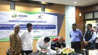 PT Waskita Karya (Persero) Tbk menandatangani kontrak Proyek Pembangunan Jalan Tol Jakarta – Cikampek II Selatan Paket III. Liputan6.com/Ilyas Istianur P