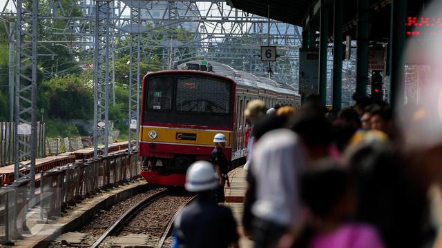 8 Krl Bekasi Jakarta Kota Pindah Lewat Pasar Senen Ini Jadwalnya