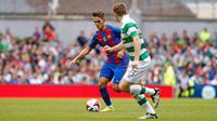 Gelandang Denis Suarez menjalani debut bersama Barcelona pada laga melawan Glasgow Celtic di ICC 2016. (Barcelona)