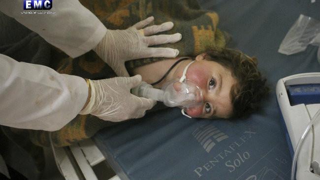 Korban Senjata Kimia Suriah. (AP).