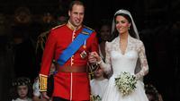Kate Middleton dan Pangeran William saat menikah pada 29 April 2011 di Westminster Abbey, London, Inggris. (CARL DE SOUZA / AFP)