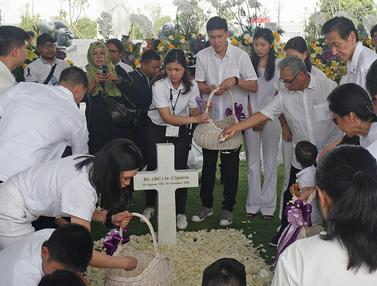 Prosesi Pemakaman Ciputra di Jonggol