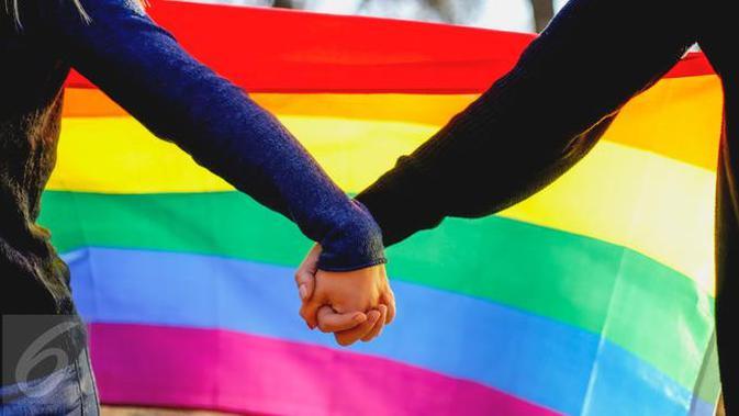 17-5-2004: Pernikahan Sesama Jenis Pertama di AS Digelar, Diikuti 77  Pasangan - Global Liputan6.com