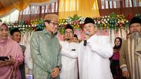 Cawapres Sandiaga Uno bersama Rois Suriyah Pengurus Wilayah Nahdlatul Ulama (PWNU) DKI Jakarta, KH Mahfudz Asirun. (dok timses)