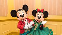 Penasaran dengan keseruan seperti apa yang ada di Hong Kong Disneyland saat Natal? Datanglah ke Grand Indonesia.