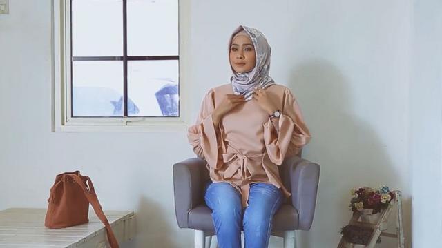 Hijab Tutorial Untuk Hangout Agar Tampil Cantik Ramadan Liputan6 Com