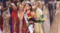 Andrea Meza, perwakilan Meksiko berhasil menyabet mahkota Miss Universe 2020. (Rodrigo Varela / GETTY IMAGES NORTH AMERICA / Getty Images via AFP)