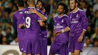Isco mencetak dua gol dalam kemenangan Real Madrid 6-1 di kandang Real Betis. (REUTERS / Marcelo del Pozo)