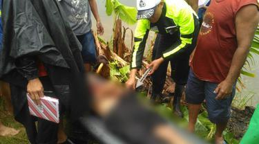 Pencari ikan tewas tersambar petir di Kebumen. (Foto: Liputan6.com/Polres Kebumen/Muhamad Ridlo)