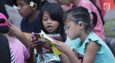 Ratusan Buku Cerita untuk Anak Pengungsi Korban Evakuasi Gunung Agung