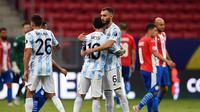 Selebrasi pemain Argentina saat melawan Paraguay di Copa America 2021 (AFP)