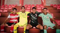 Jersey Madura United untuk musim 2020. (Bola.com/Dok. Madura United)