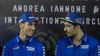 Andrea Iannone dan Alex Rins menganggap persaingan pada MotoGP 2018 bakal berlangsung ketat. (Bola.com/Asprilla Dwi Adha)