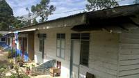 Salah satu kondisi rumah dinas guru di Jambi. (Bangun Santoso/Liputan6.com)