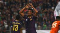 Persik mencoret Bijahil Chalwa karena kontribusinya selama putaran pertama Liga 2 2019 sangat minim. (Bola.com/Gatot Susetyo)