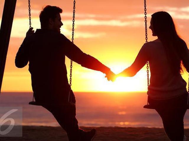 7 Tanda Pria Serius Menjalin Cinta Bukan Sekadar Pacaran Health Liputan6 Com