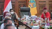 Menteri Desa, Pembangunan Daerah Tertinggal dan Transmigrasi Abdul Halim Iskandar penuhi undangan Gubernur Bali Wayan Koster di Jaya Sabha atau Rumah Dinas di Jalan Surapati, Denpasar