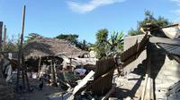 Rumah hancur setelah diguncang gempa 7 SR di Lombok. (Istimewa)