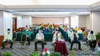 Musyawarah Pemuda Katolik di Hotel Labersa Pekanbaru dengan menerapkan protokol kesehatan Covid-19. (Liputan6.com/M Syukur)