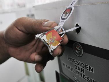 PPK Kemayoran Segel Logistik Pemilu 2019 Sebelum Didistribusikan